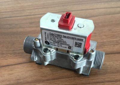 Ηλεκτρονικη βαλβιδα αερίου για Unical Kone – Kon1